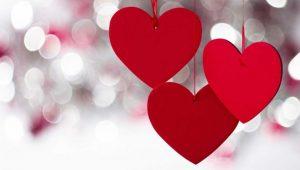 14 февраля vs 15 апреля: когда казахстанцы отмечают День всех влюбленных