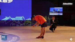 17 жастағы қытайлық спортшы 30 секунда 228 рет секіріп рекорд орнатты
